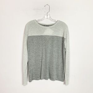 Vince | grey silk pullover long sleeve top size XS